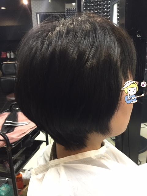 抗がん剤治療後の自毛のくせ毛に縮毛矯正、そして短い前髪にシールエクステ