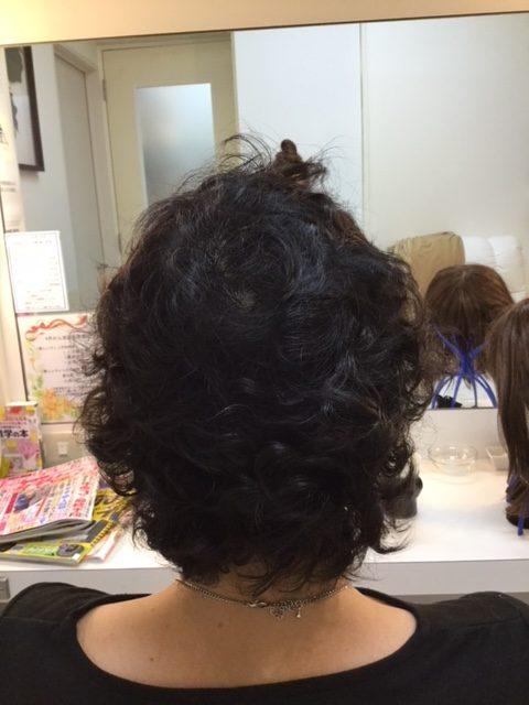 抗がん剤治療後のくせが強くなった地毛にストレートパーマをかけて自毛デビュー!