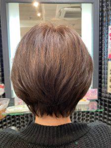 抗がん剤治療後の自毛、カット・ストレートパーマ・カラーで大変身!